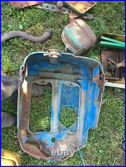 Ford 2000 Diesel Fordson Super Dexta Tractor Hood Grill Nosecone Front Emblem