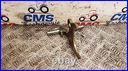 Ford TW5, TW15, TW20, TW25, TW30, 8530 Transmission Selector Fork D8NN7N362AA