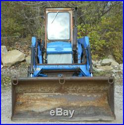 Ford Tractor 1710 with Loader. 4wd, 26 hp, 12 Speed, Roof and Windscreen! 1803 Hours