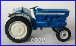 Vintage Britains Ford Super Major 5000 Diesel Tractor 9527. Boxed